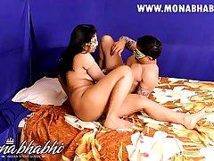 Indian amateur mona aunty sex