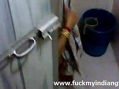 Sexy indian wife shower video - fuckmyindiangf.com