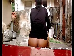 Indian teen naked outdoor exposing tits - fuckmyindiangf.com